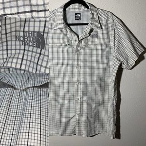 THENORTHFACE Mens Large Square Pattern Button Down